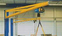 小型起重机定柱式悬臂吊